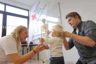 Erste-Hilfe in Bildungs- und Betreuungseinrichtungen für Lehrer und Erzieher