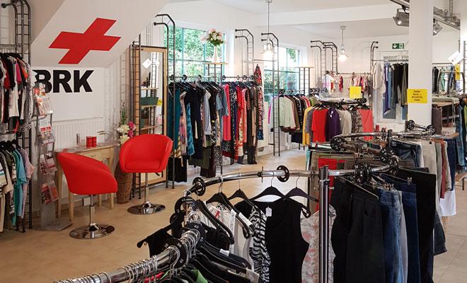 BRK-Kleiderladen in den neuen Räumen in der Samerstraße 27a
