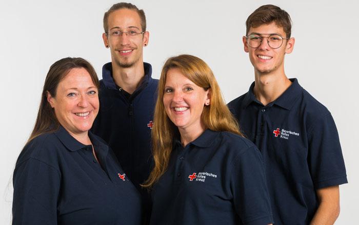 Das Foto zeigt das aktuelle JUZ-Team