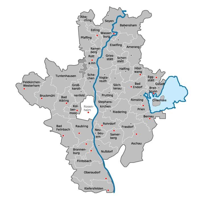 Übersichtskarte von Stadt und Landkreis Rosenheim mit Gemeindegrenzen. Standorte des BRK-Kreisverbandes Rosenheim sind in rot hervorgehoben.
